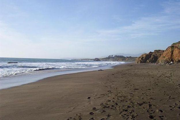 Moonstone Beach by Snowfalcon on wikipedia