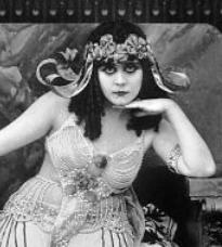 Theda-bara-cleopatra_detail  via wikepedia