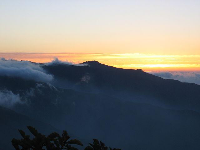 640px-Korea-Mountain-Jirisan-17  by eimoberg via wikipedia