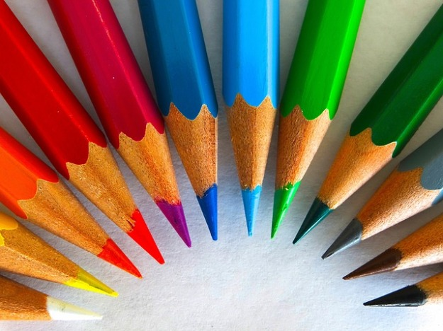 colour-pencils-450621_640  via pixabay